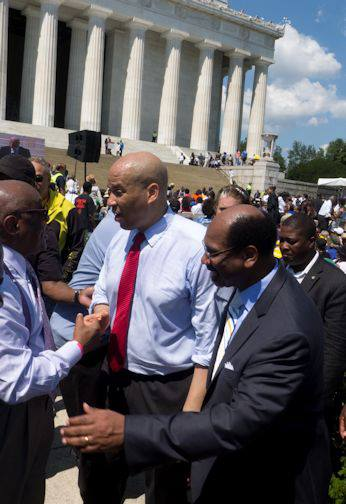 cory booker at march on washingotn